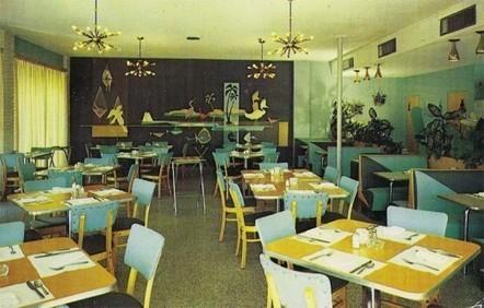 Post War American Bars, Cafés and Restaurants   Vintage, Robots, Photos, Pub, Années 50   Scoop.it