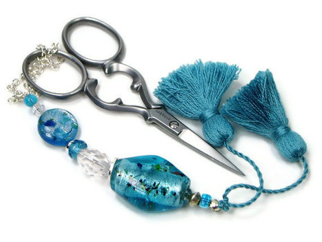 Beaded Scissor Fob, Quilting, Sewing, Cross Stitch, Gift for Crafter, Ocean Blue, DIY Crafts, TJBdesigns, Direct Checkout | Crafting and Crafts | Scoop.it