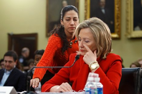 Questions on the Dual Role of a Clinton Aide Persist | Politics | Scoop.it