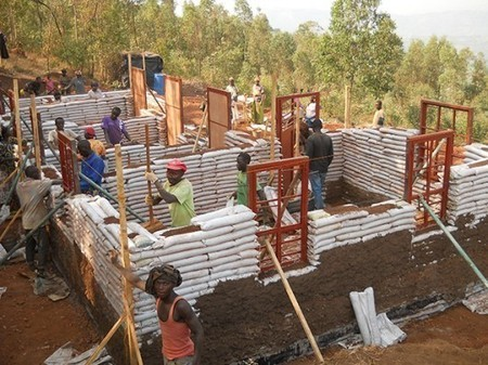 Support GA Collaborative's Earthbag Projects in Rwanda: Building Community Through Creative Construction | Construction Durable | Scoop.it