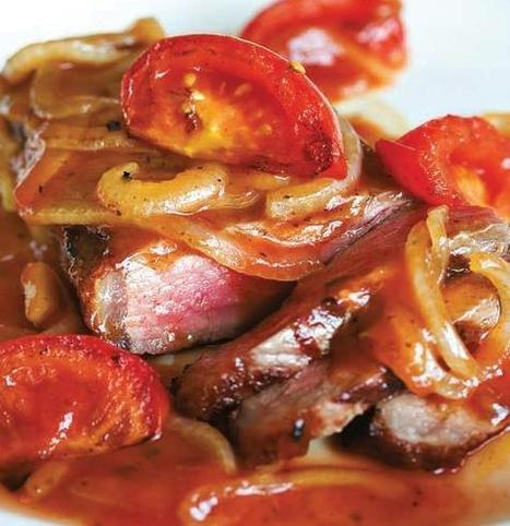 Steak with Sweet Tomato Onion Sauce | Oak Recipes | Delicious Recipes | Scoop.it