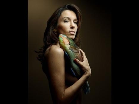 PHOTOS. Ils posent nus contre la pêche en eaux profondes | Actualités Photographie | Scoop.it
