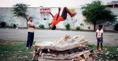 Vibrant photos capture spirit of 1980s NYC | The power of Play | Scoop.it