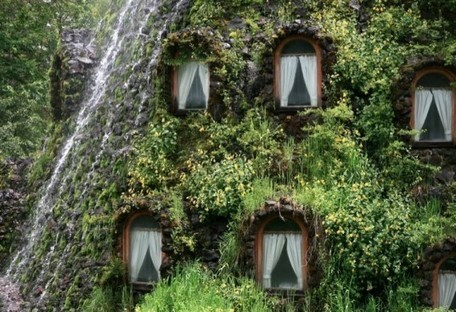 Get your green on ! - 6 Green Roof Resorts from Around the World! | FASHION & LIFESTYLE! | Scoop.it