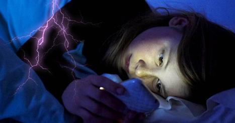 El móvil en la cama, o cómo aumentar el fracaso escolar | Educacion, ecologia y TIC | Scoop.it