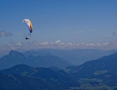 Reebok hace equipo con Red Bull X-ALPS | Parapente_sp | Scoop.it
