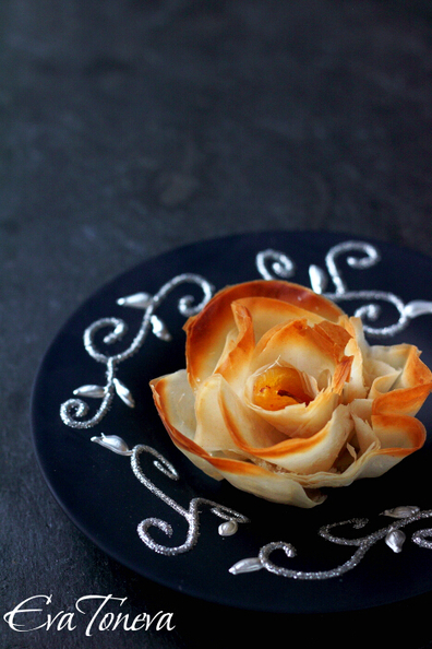Sweet Roses Almond Apricot Phyllo - Сладки рози | Candy Buffet Weddings, Events, Food Station Buffets and Tea Parties | Scoop.it