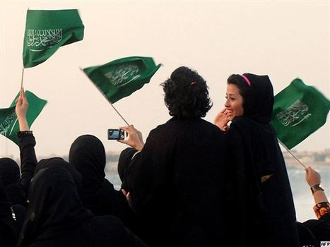 Activist Shrugs Off 'Cosmetic' Improvements In Saudi Women's Rights | Coveting Freedom | Scoop.it