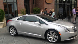 Detroit takes on Tesla Motors with an electric Cadillac - Quartz | RealChange Fb | Scoop.it