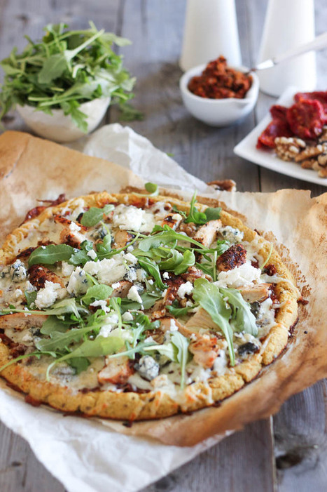 #HealthyRecipe / Cauliflower Crust Grilled Chicken and 3 Cheeses Pizza | pizza | Scoop.it
