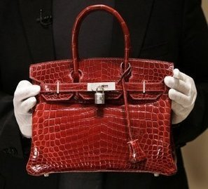 Hermès : Jane Birkin ne veut plus que le mythique sac en crocodile porte son nom | Luxe | Scoop.it