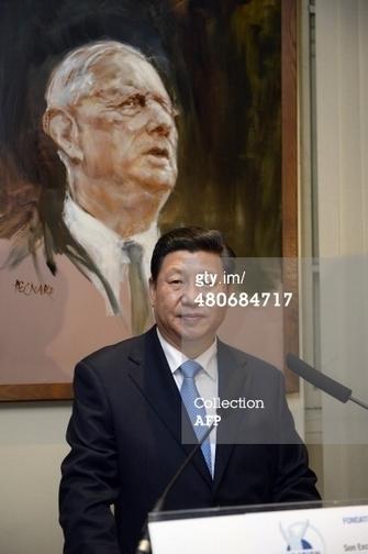习近平访问法国巴黎向戴高乐铜像献花 获赠有戴高乐签名照-观察者网   50e anniversaire de l'établissement des relations diplomatiques entre la France et la République populaire de Chine   Scoop.it