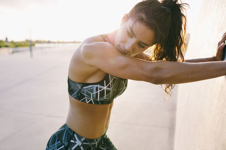 This Sports Bra Comes With a Knife Pocket | Running & Bikes | Scoop.it
