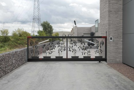 Galerie - Deweer Gallery - Kunst gallerij - Gallerij Deweer, ART Gallery, kunstgalerij, kunstenaars exposeren, grafiek exposeren, schilders, fotografen, beeldhouwers, sculpturen, beeldhouwwerk te O... | Curating [ Media ] Arts | Scoop.it