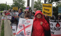 Hundreds of New Yorkers Rally Against Fracking, Call for Renewable Energy | EcoWatch | Scoop.it