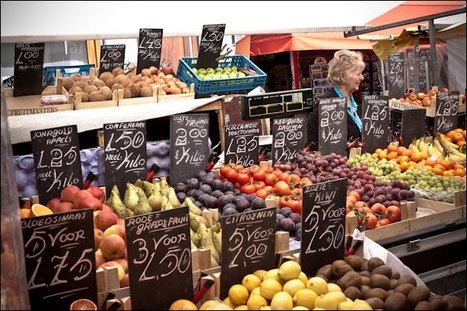 Young&Old: The biggest market in Amsterdam; The Albert Cuypmarket | Full Fridge Free Guide to Amsterdam | Scoop.it