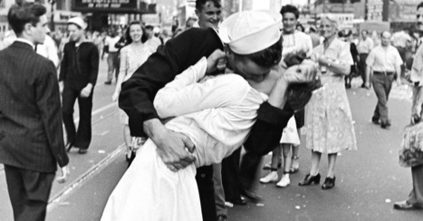 Sailor in Iconic WWII Kissing Photo Dies at 86 | Veterans | Scoop.it
