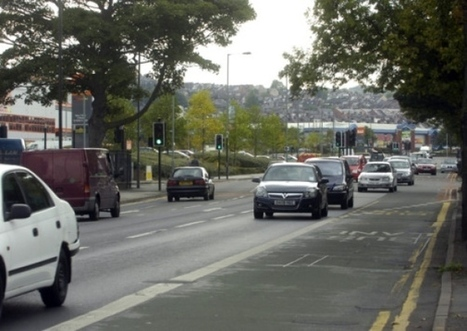 Experiment set to allow car drivers into Sheffield bus lanes - Local - Sheffield Telegraph   Active Commuting   Scoop.it