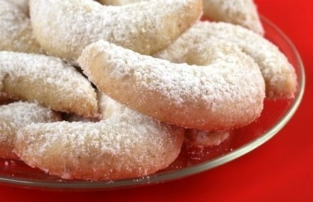 Gluten-Free Greek Wedding Cookies: A Favorite Holiday Recipe for Any Special Occasion | Gluten Free Lifestyle | Scoop.it
