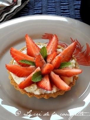 Tartelettes aux fraises, chèvre frais, miel et pavot | Recettes de ... | Recettes épicuriennes | Scoop.it