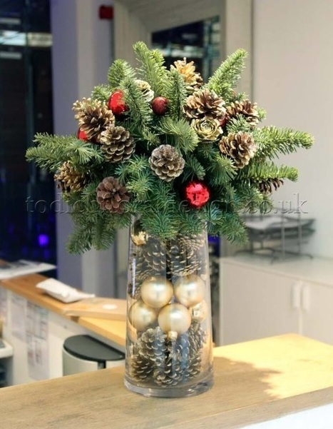 Flowers with some Christmas Spirit from Flowers24Hours | Same Day Flowers Delivery in London | Scoop.it