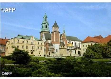 P. Lombardi: Pápež si želá hovoriť s poľskými biskupmi v atmosfére úplnej slobody | Správy Výveska | Scoop.it
