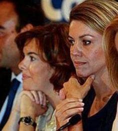 Soraya & Cospedal siguen tirándose las polveras | Partido Popular, una visión crítica | Scoop.it