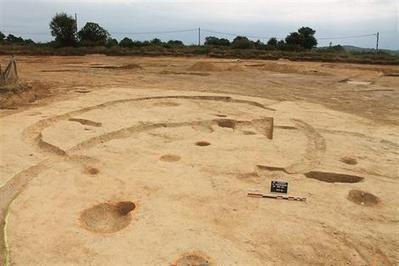 Les Herbiers. Archéologie: après le village gaulois, les vestiges d'une nécropole… | Astuces Vacances & News de Vendée | Scoop.it