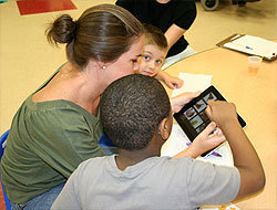 Pic-A-Word Transforms the iPad with AAC   iTeach Special Education   Scoop.it