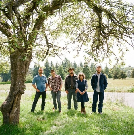 "The Decemberists Ask: ""What Is Americana, Really?"" 