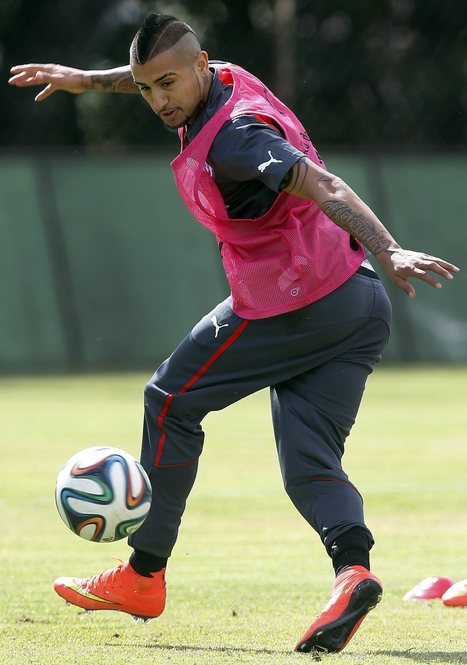 Chile's Vidal set to face Socceroos | The World Game | The Brazil World Cup | Scoop.it