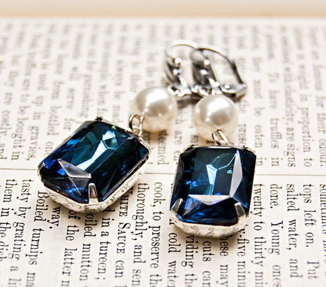 Montana Sapphire and Pearl Duo Vintage Jewel Earrings / Old Hollywood Style / SRAJD | Vintage Whatever | Scoop.it
