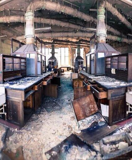 Twitter / FotoHistoricaa: Laboratorio de química en ... | Ciencias | Scoop.it
