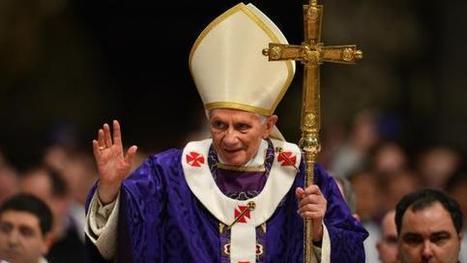VIDEO. Longue ovation des cardinaux à la dernière messe de Benoît XVI   La démission du pape   Scoop.it