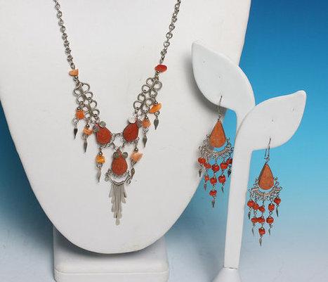 Boho Necklace Earrings Orange Stone Beads Dangles Vintage Tribal Artisan | Vintage Jewelry and Other Vintage Treasures | Scoop.it