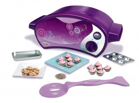 Hasbro Reveals Plans For An Easy Bake Oven For Boys | GeekDad | Scoop.it