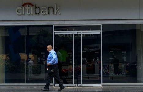 Privé de banque, le Venezuela en marge du système financier international   Venezuela   Scoop.it