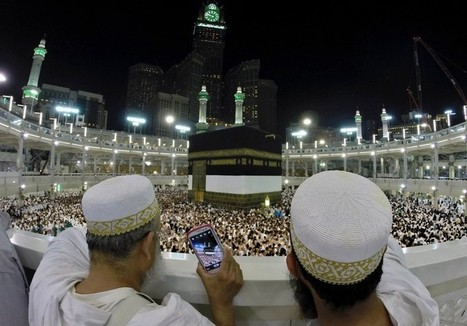 Muslim pilgrims to Mecca are a hit on social media with 'hajj selfies' | Emergence of Islamic Consumer Power | Scoop.it