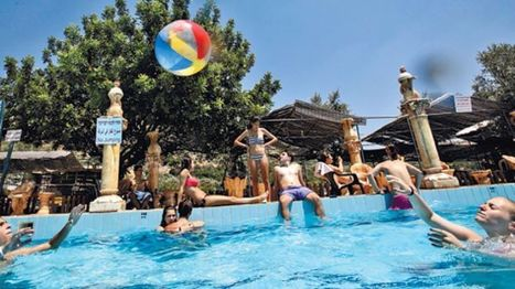 Did Israel Lawmaker Just Call for Swimming Pool Apartheid? | The Peoples News | Scoop.it
