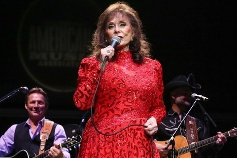 Loretta Lynn Added to CMA Country Christmas Lineup | Level11 | Scoop.it
