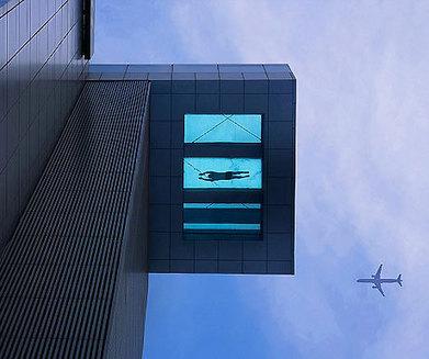 The world's scariest hotel swimming pool? - A Luxury Travel Blog | L'hôtellerie de luxe dans le monde | Scoop.it