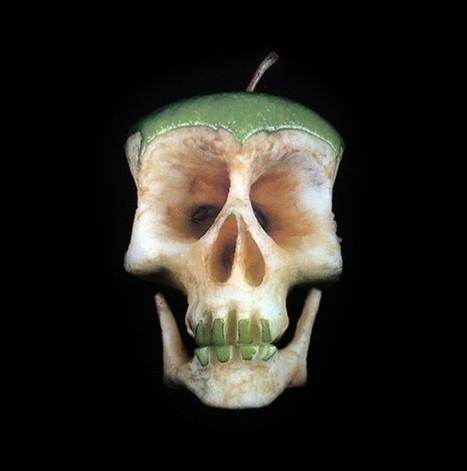 #Carved #Fruit and #Vegetable #Skulls. #art #sculpture #food | Luby Art | Scoop.it