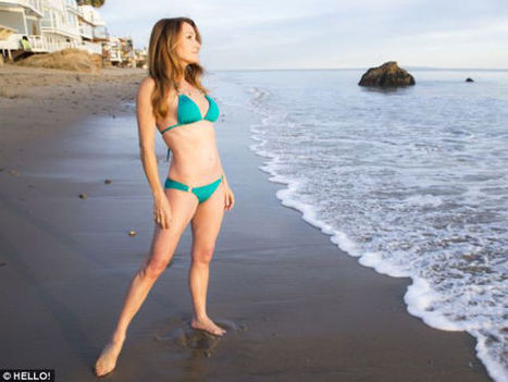 Jane Seymour, The Bond Girl Poses In Bikini At 62! | Donna Karan Hosiery | Scoop.it