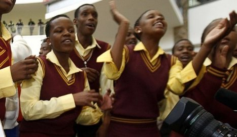 Education for all, all for education - Daily Maverick | Do teachers in classrooms of thirty or forty children accomplish their intended tasks as educators? Should they be expected to? | Scoop.it