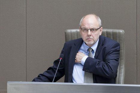 Vlaams Parlement heft parlementaire onschendbaarheid van Christian Van Eyken (UF) op: genoemd in moordzaak | Politiek Algemeen | Scoop.it