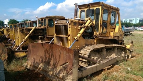 Rusting Japanese dozers spotted in China | Earthmoving & Compaction | Scoop.it