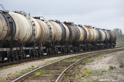 Eight Steps for Safer Oil Trains Eyed by U.S. Officials | The Energy Collective | Sustain Our Earth | Scoop.it