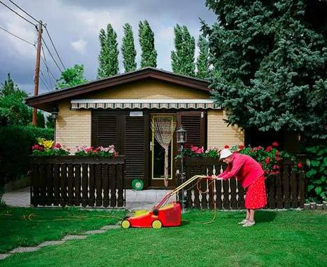 Middle Class Utopia | Photographer: Klaus Pichler | PHOTOGRAPHERS | Scoop.it