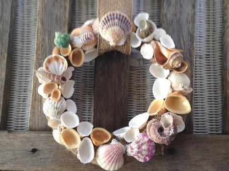 Seashell wreath beach front door burlap nautical decor handmade coastal by ilPiccoloGiardino | Fish: 21st Century Design Essentials | Scoop.it
