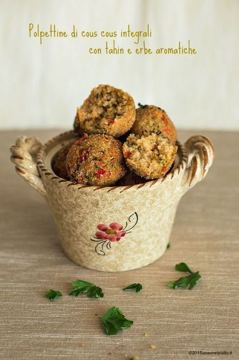 Polpettine integrali al tahin, verdure e aromatiche - Una V nel piatto - Ricette Vegane e Mondo Vegan   Una V nel Piatto   Scoop.it